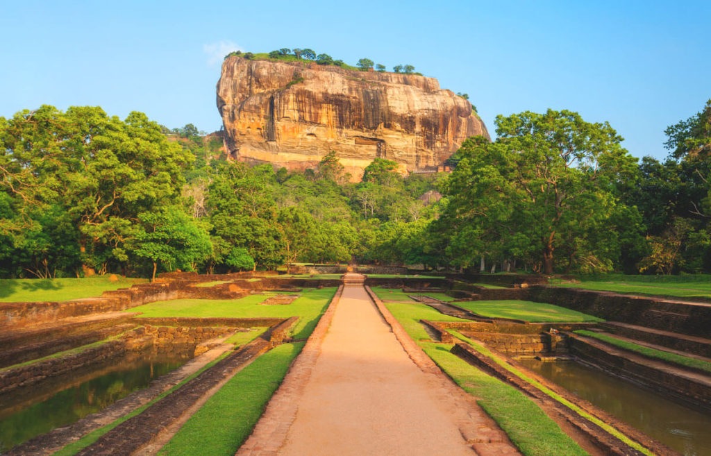 Sri-Lanka-Sehenswuerdigkeiten-Loewenfels-Sigiriya