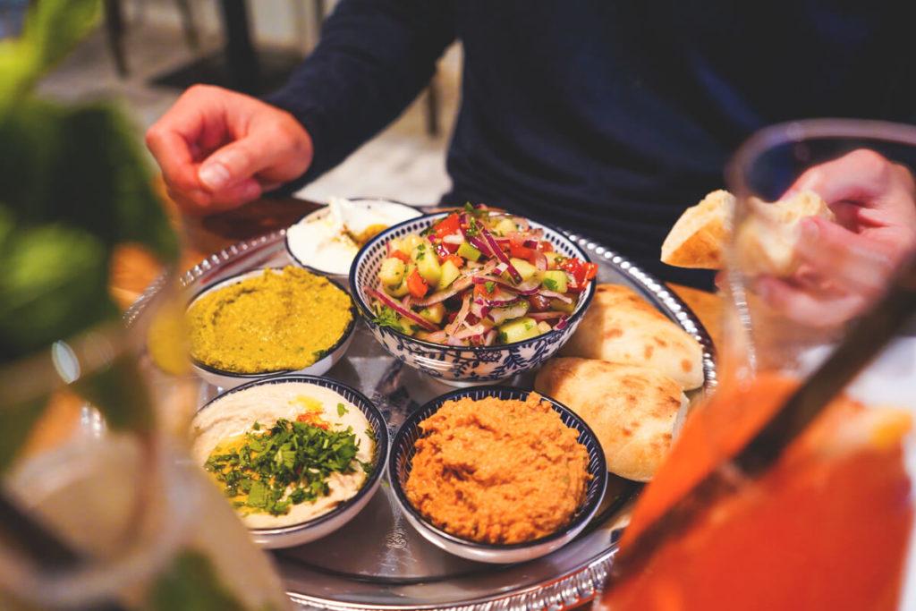 Innsbruck-Tipps-Sehenswuerdigkeiten-HaPoel-Restaurant-Israel