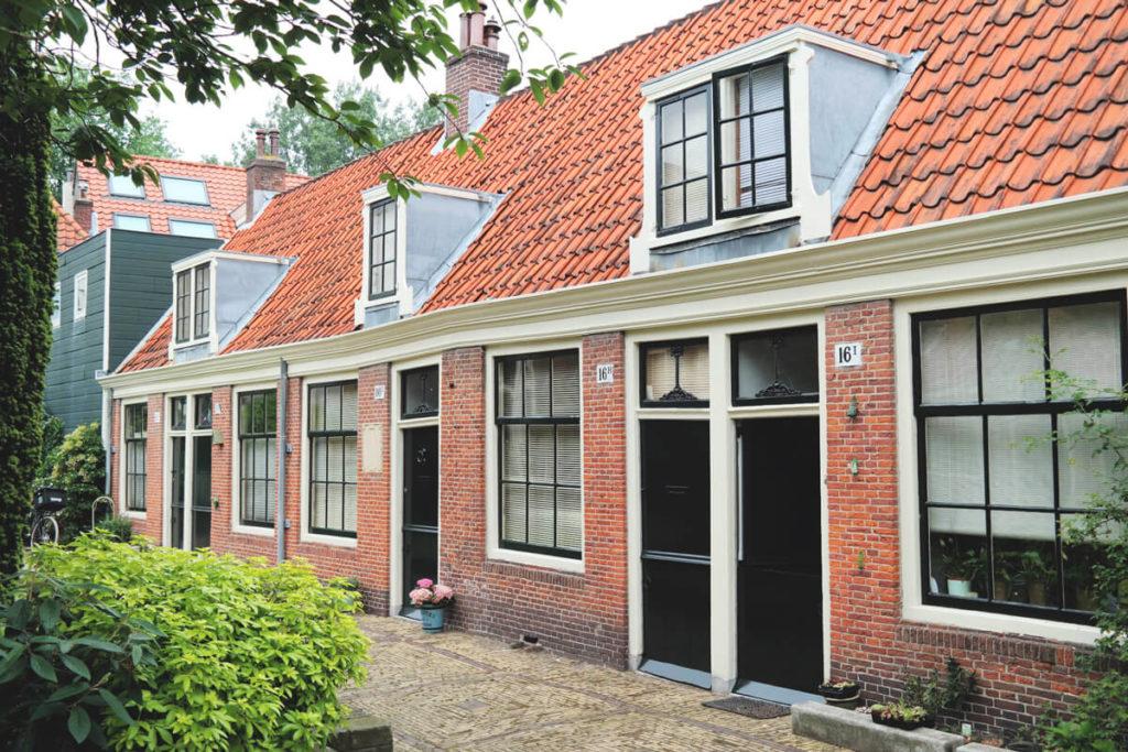 Nordholland-Highlights-Frans-Loenenhofje-Haarlem