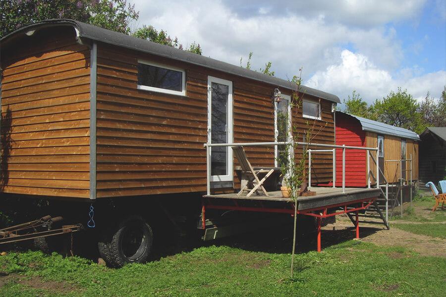 Zahren-Pferde-Hof-Tinyhouse-Bauwagen-1