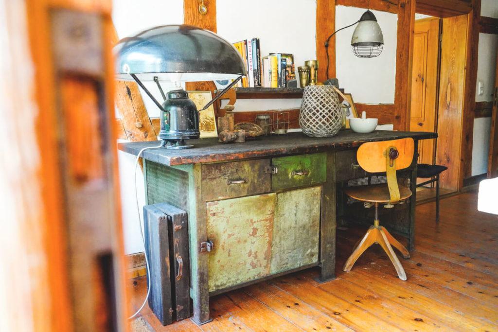 aussergewoehnliche-unterkunft-mecklenburg-vorpommern-Schreibtisch