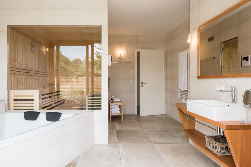 Ferienhaus-Inselliebe-Hotel-Usedom-Sauna-Badezimmer