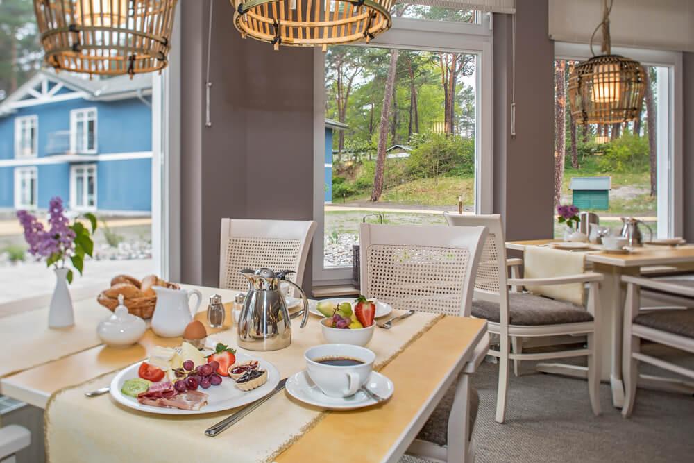 Upstalsboom-Hotel-Strandidyll-Fruehstueck
