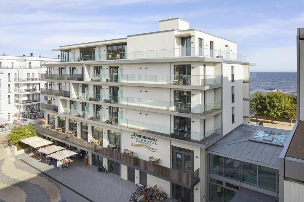 Kaiserstrand-Seetelhotel-Aussenansicht-Bansin-Ostsee-Hotel