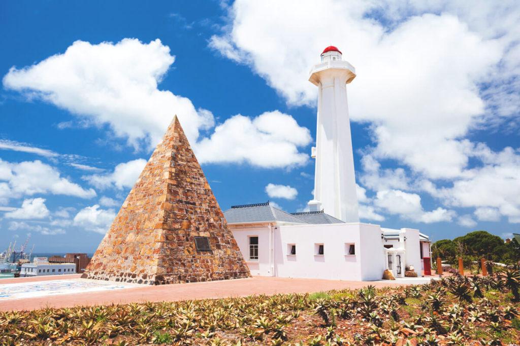 Port-Elizabeth-Donkin-Lighthouse-Pyramide