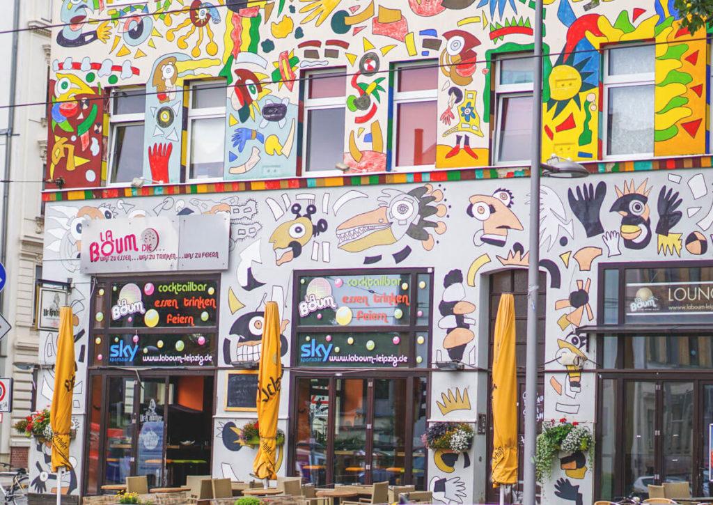 Karl Liebknecht Straße in Leipzig Bunte Huasfassaden