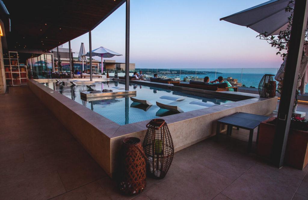 Mallorca-Strand-Hotel-Iberostar-Selection-Lluat-Palma-Rooftop-Bar