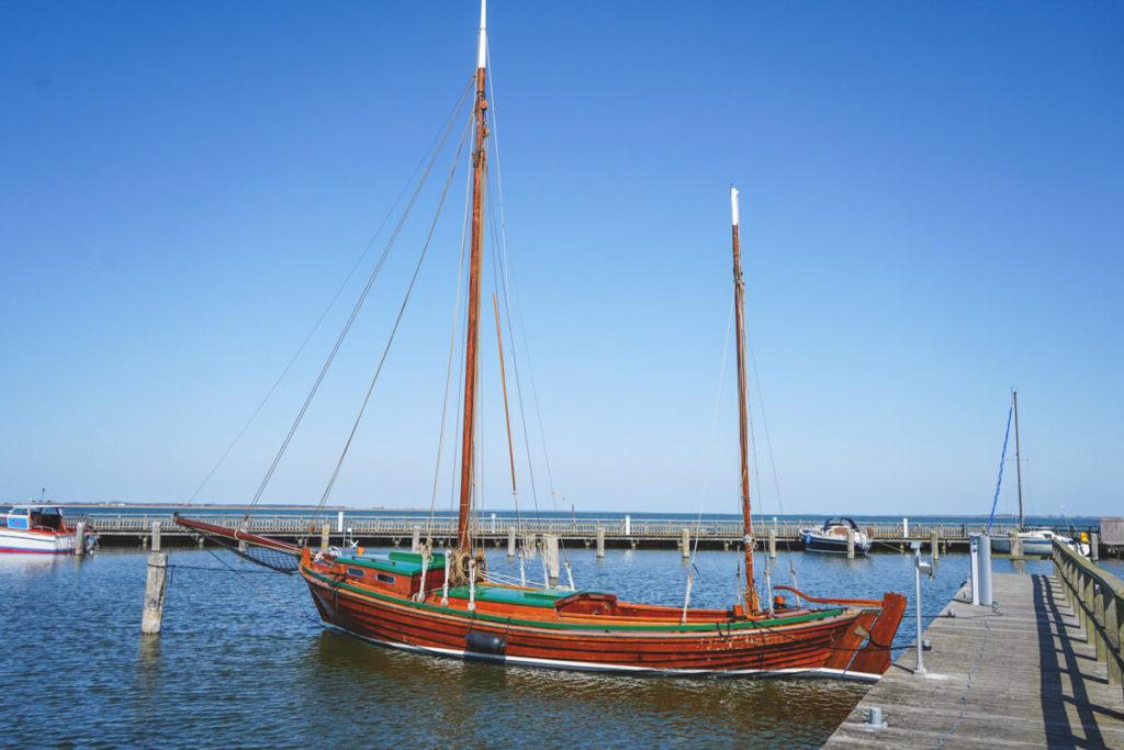 Dierhagen-Hafen-Zeesboote-Bodden-1