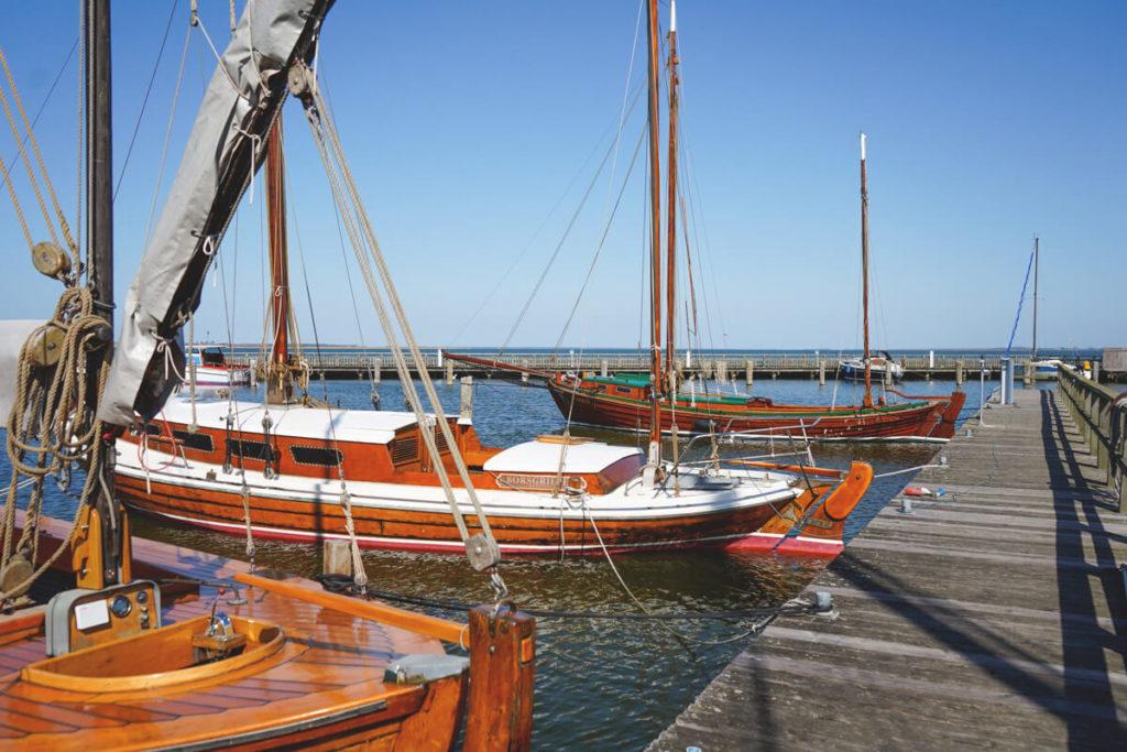 Dierhagen-Hafen-Zeesboote-Bodden-3