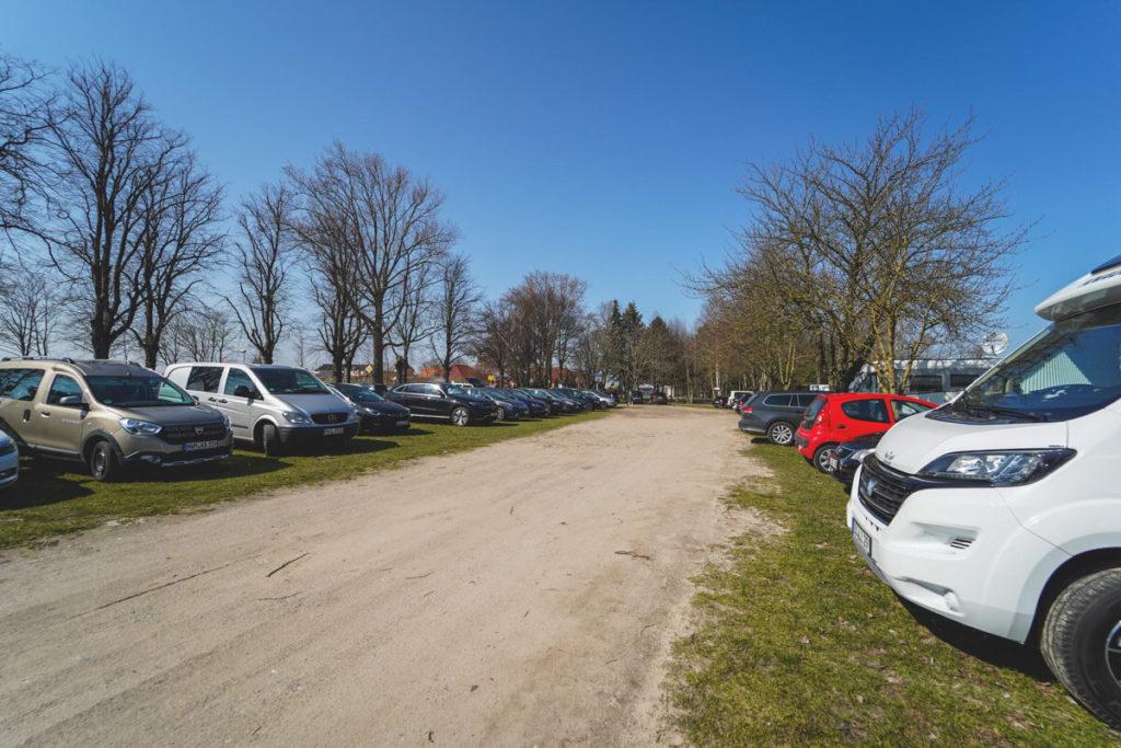 Insel-Poel-parken-Auto-PKW