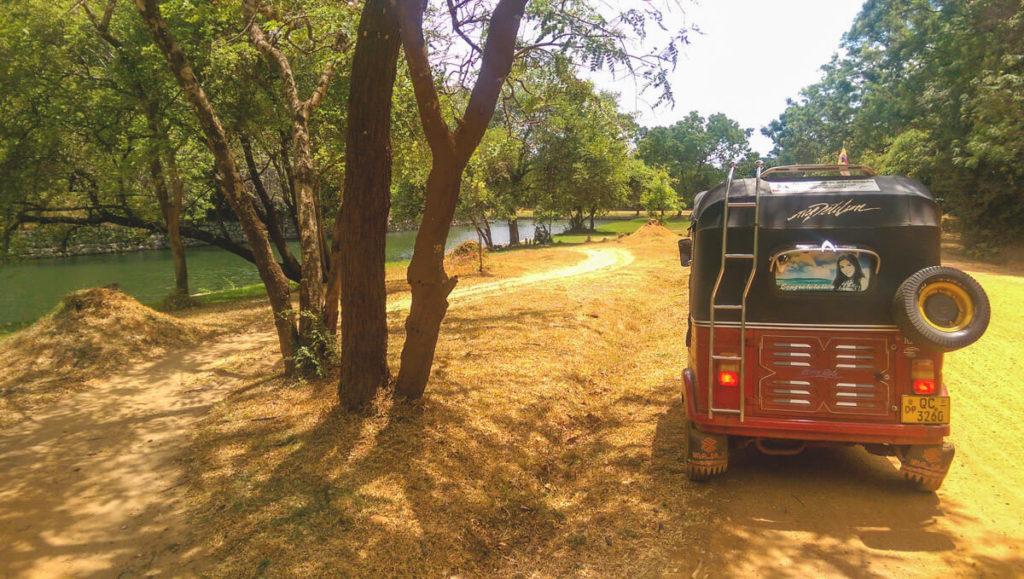 Sri-Lanka-Rundreise-Tuktuk-Transport