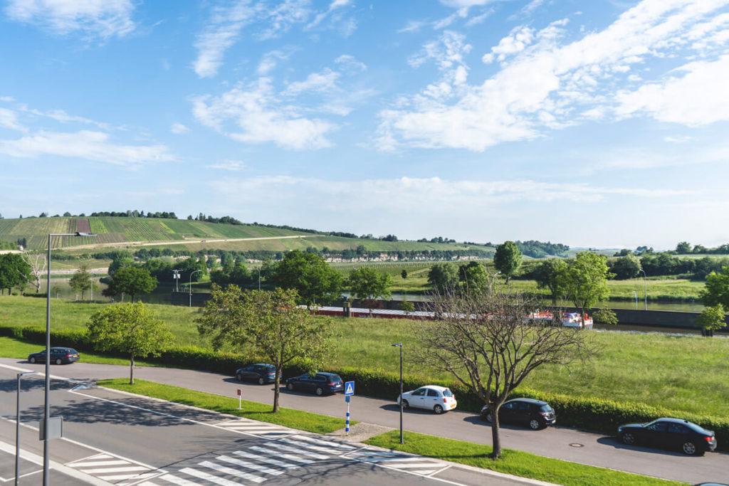 Mosel-Luxemburg-Hotel-Ecluse-Aussicht-Balkon