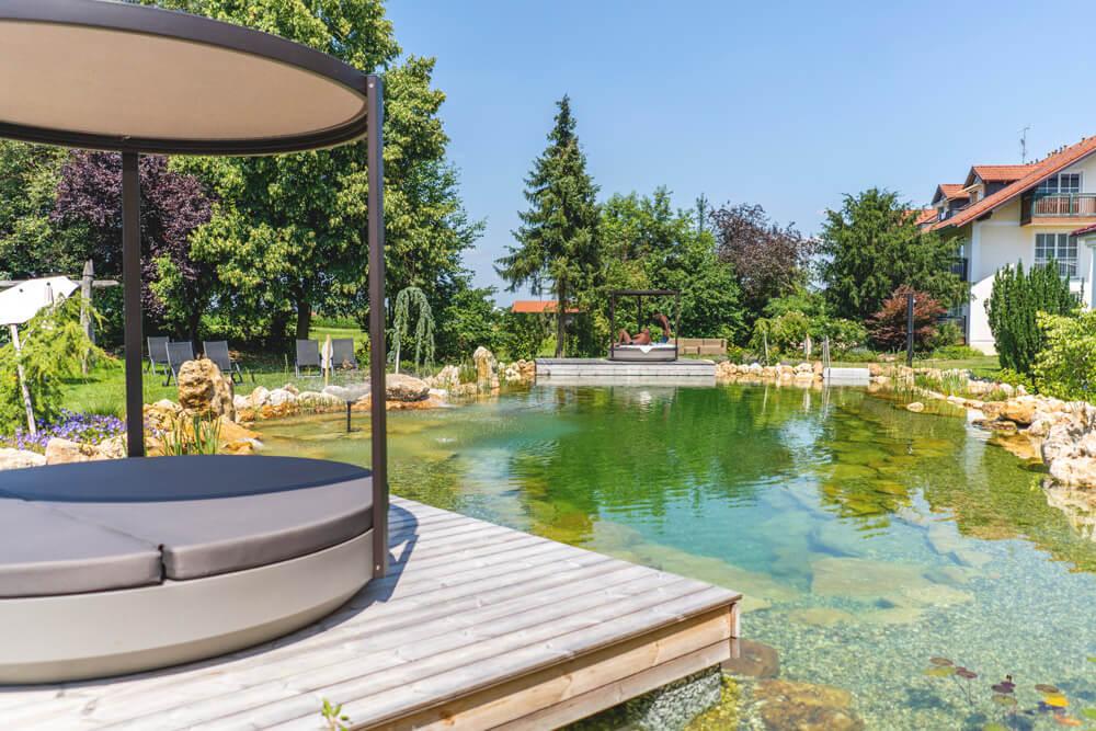Biotop-Naturpool-ortners-resort