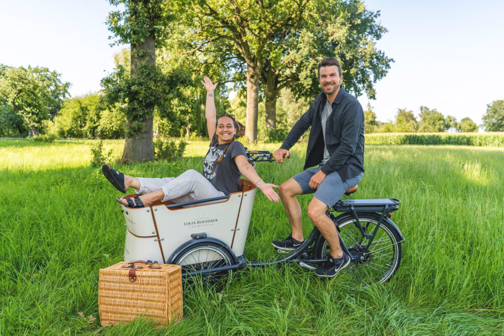 Lastenfahrrad-Stylisch-Louis-Roederer-Picknick