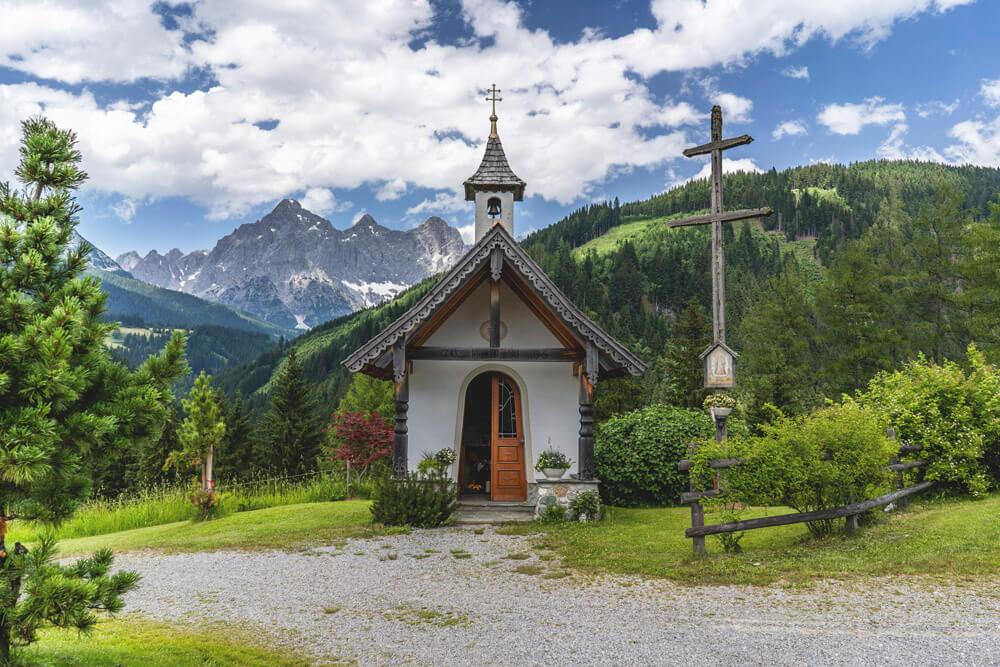 Mandlberg-Mandlberggut-Kirche-Kapelle