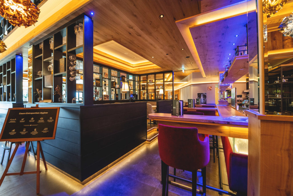 Ortners-Resort-OZ-Hotelbar-1