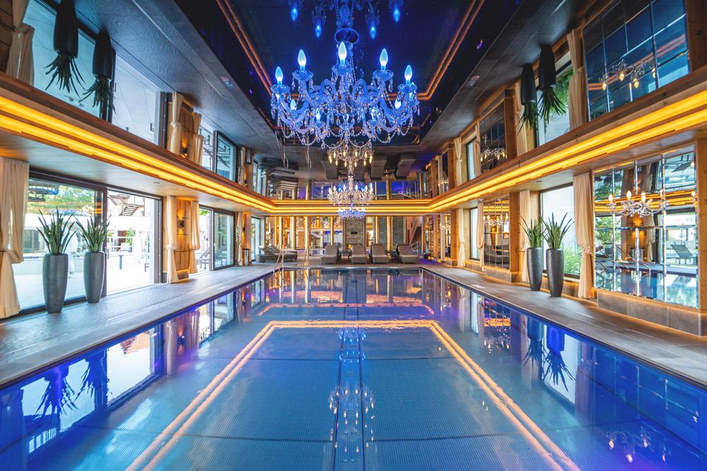Ortners-Resort-Therman-Spa-Welt-Hallenbad-12