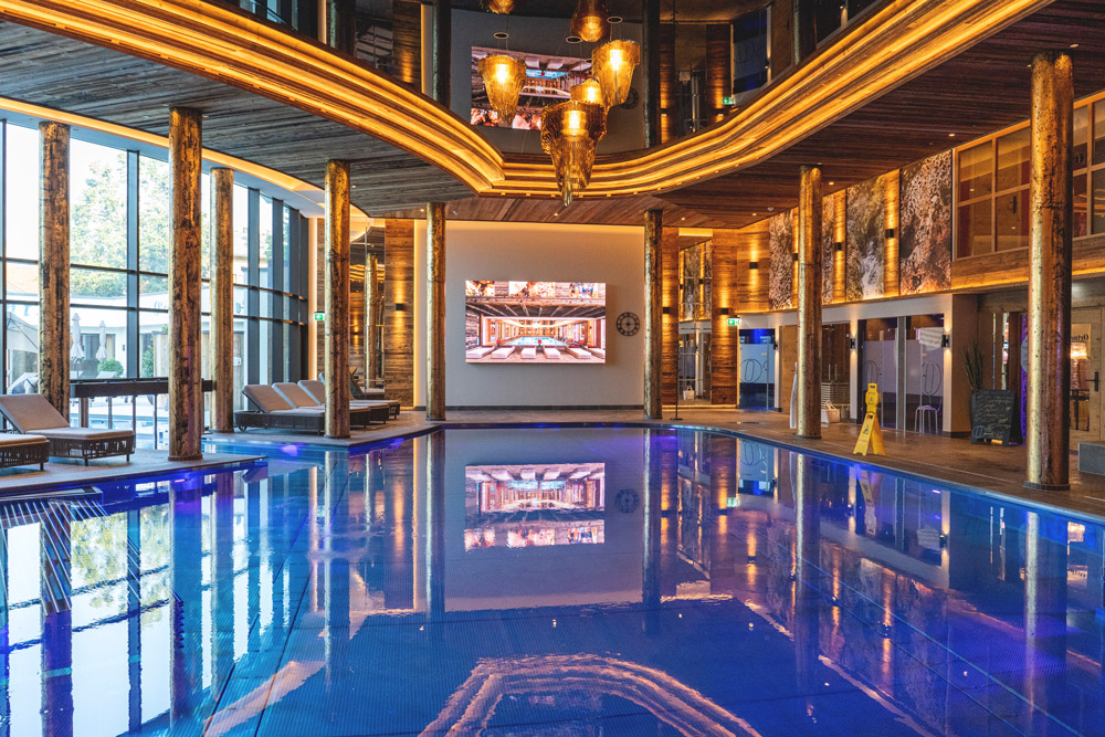Ortners-Resort-Therman-Spa-Welt-Hallenbad-13