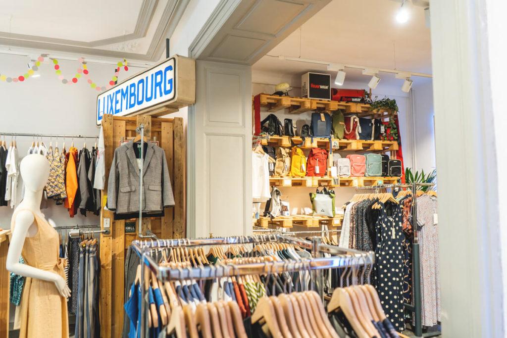Shopping-Luxembourg-Akabo-Buttek