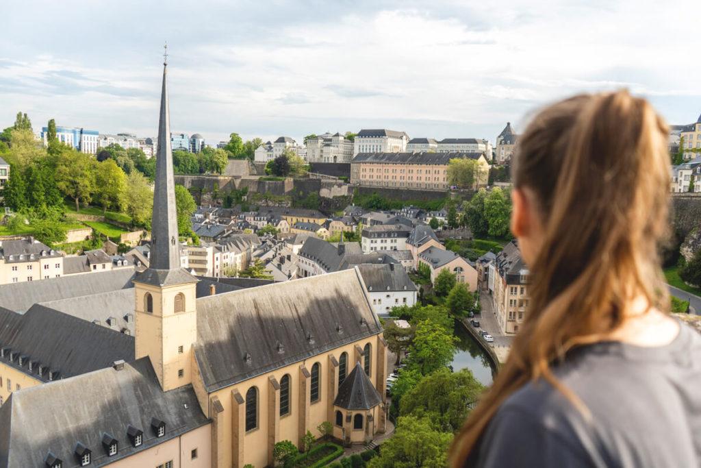 aussicht-luxemburg-sehenswuerdigkeiten-Chemin-de-la-Corniche