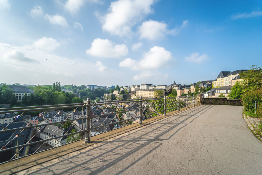 luxemburg-sehenswuerdigkeiten-Chemin-de-la-Corniche